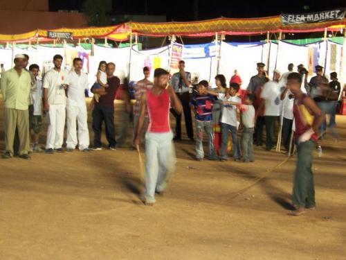 Marathon (bangalore_100_1534.jpg) wird geladen. Eindrucksvolle Fotos von der indischen Halbinsel erwarten Sie.