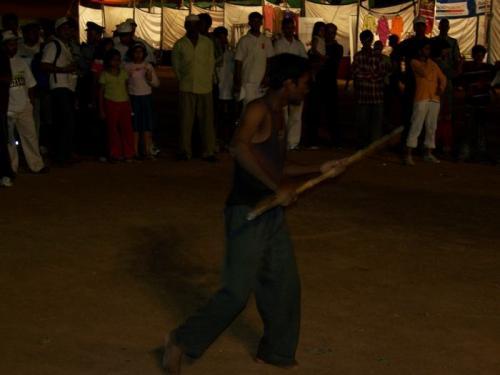 Marathon (bangalore_100_1536.jpg) wird geladen. Eindrucksvolle Fotos von der indischen Halbinsel erwarten Sie.