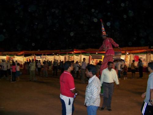 Marathon (bangalore_100_1539.jpg) wird geladen. Eindrucksvolle Fotos von der indischen Halbinsel erwarten Sie.